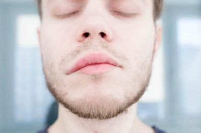 Stroke Symptoms: 12 Warning Signs & Symptoms Of A Stroke